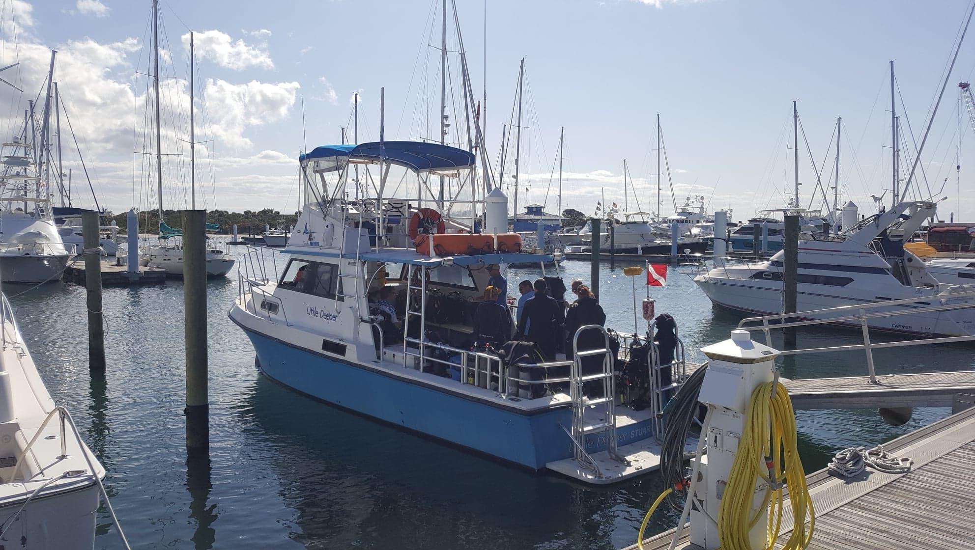 Boat Diver