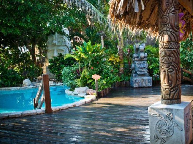 Girl's Getaway to Belize