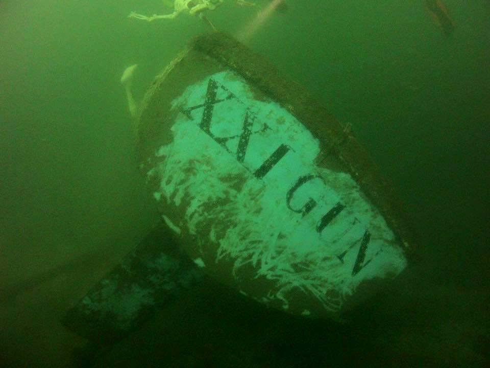 Open Boat Charter - 21 Gun Wreck