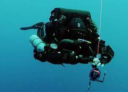Mixed Gas Closed Circuit Rebreather Diver